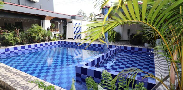 Hotel Holland Lodge Paramaribo Pool